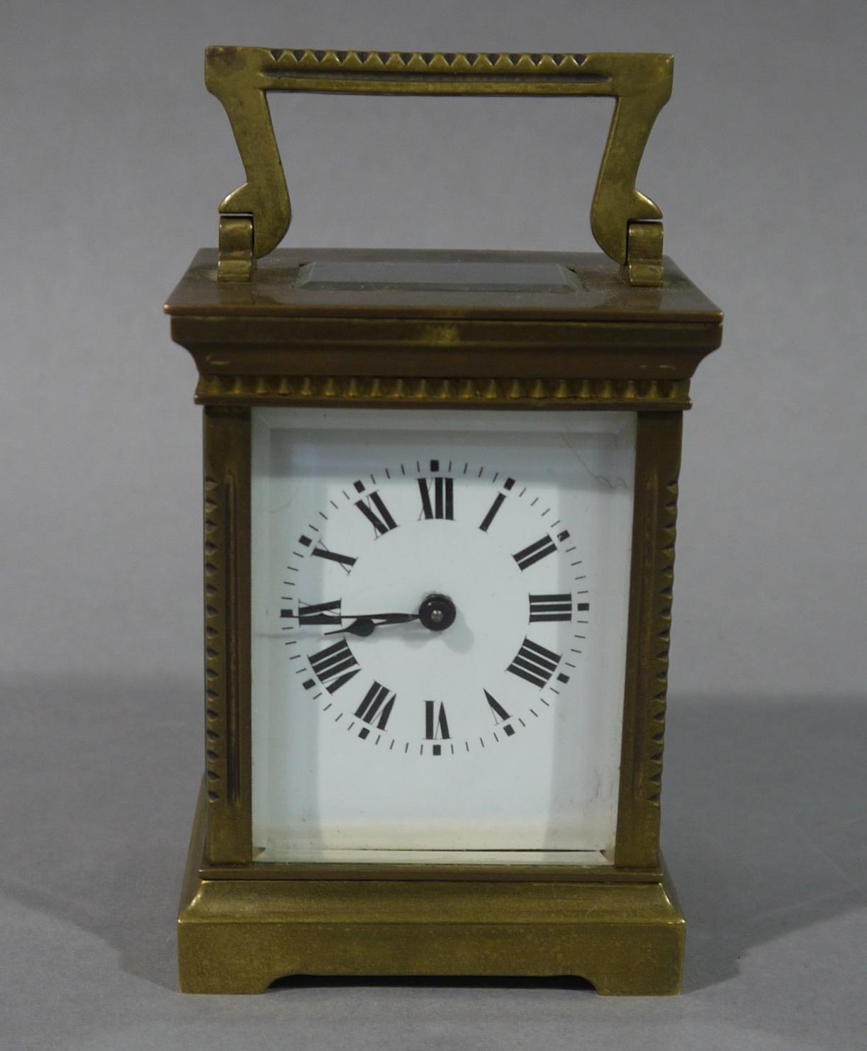 LOT:6 | An early 20th century brass carriage clock with